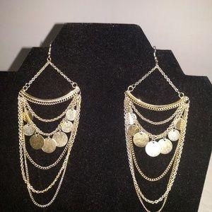 Jewelry - Goldtone chandelier earrings